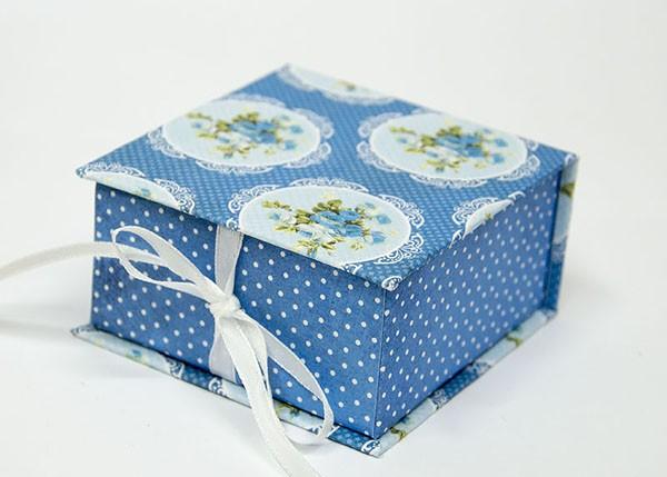 Đúng là một  hộp quà handmade dễ thương