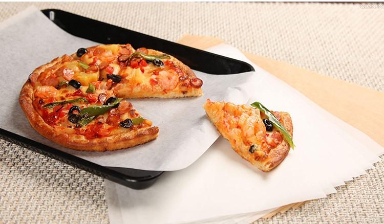 Giấy nến để lót bánh pizza
