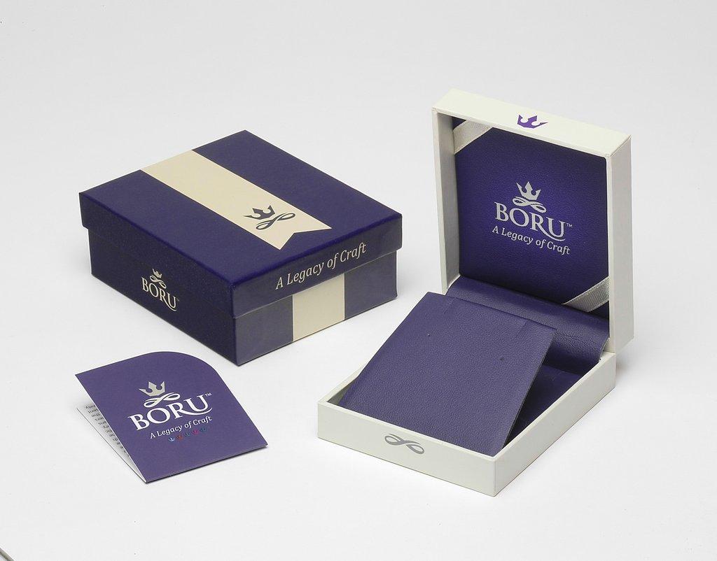 Mẫu hộp cứng đựng mỹ phẩm được làm từ chất liệu giấy Ivory