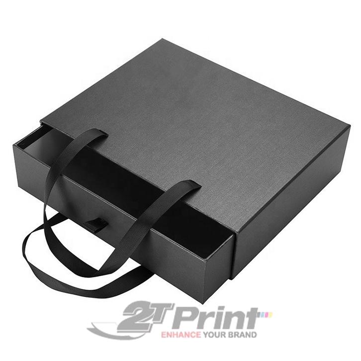 hộp carton có quai xách ứng dụng đa dạng