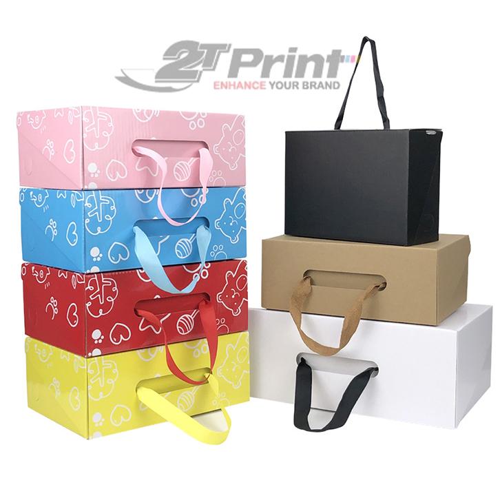 hộp carton có quai xách được yêu thích