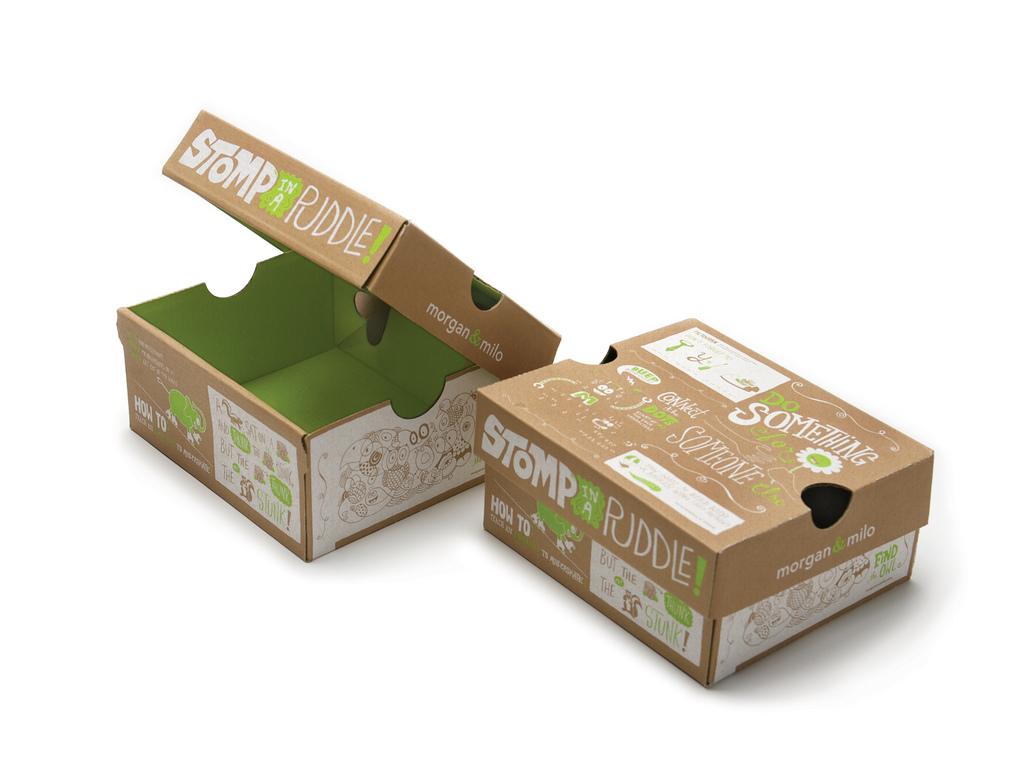 Hộp giấy đựng giày giúp bảo vệ sản phẩm tốt hơn.
