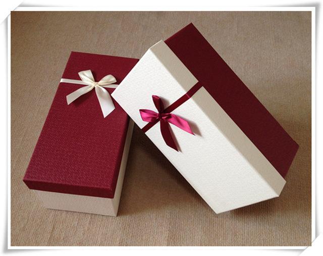 Hộp quà sinh nhật đẹp, đơn giản