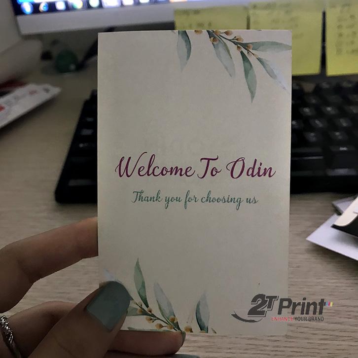 mẫu in card visit khổ dọc