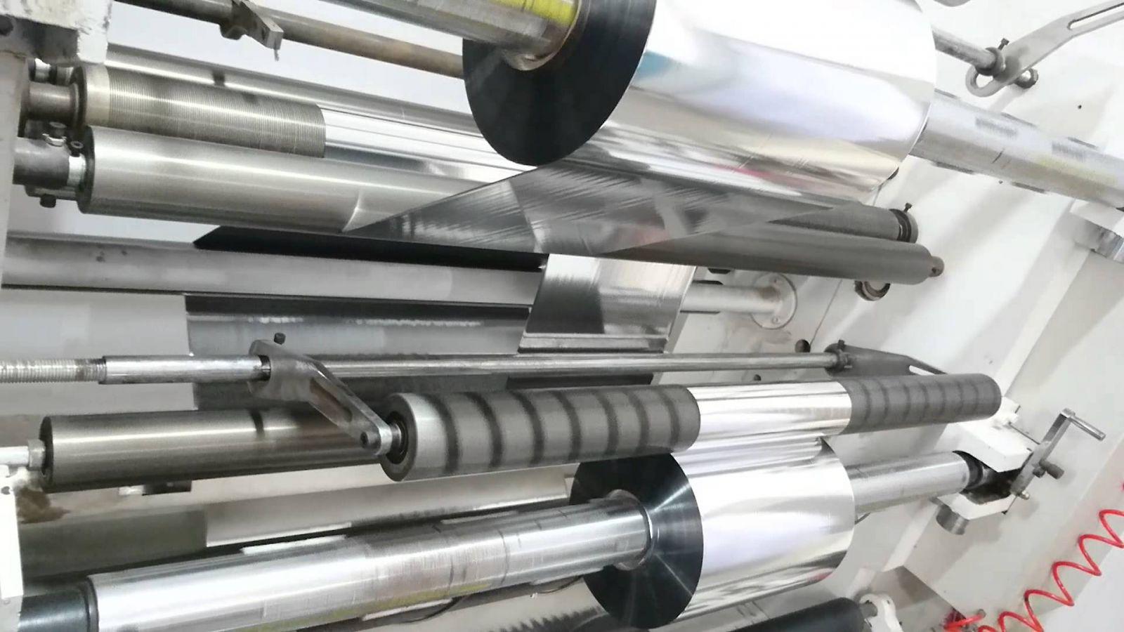 Màng Metallized được mạ một lớp kim loại rất mỏng