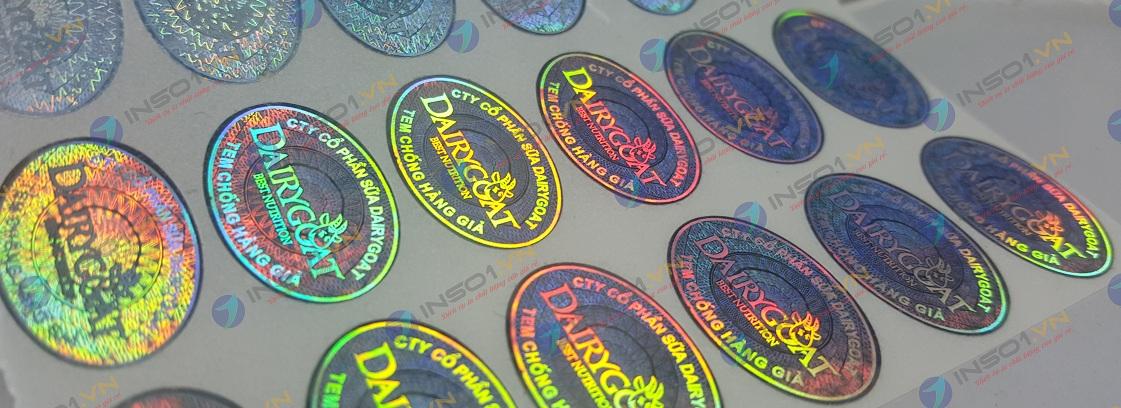 In tem 7 màu giá rẻ tại xưởng in 2T PRINT