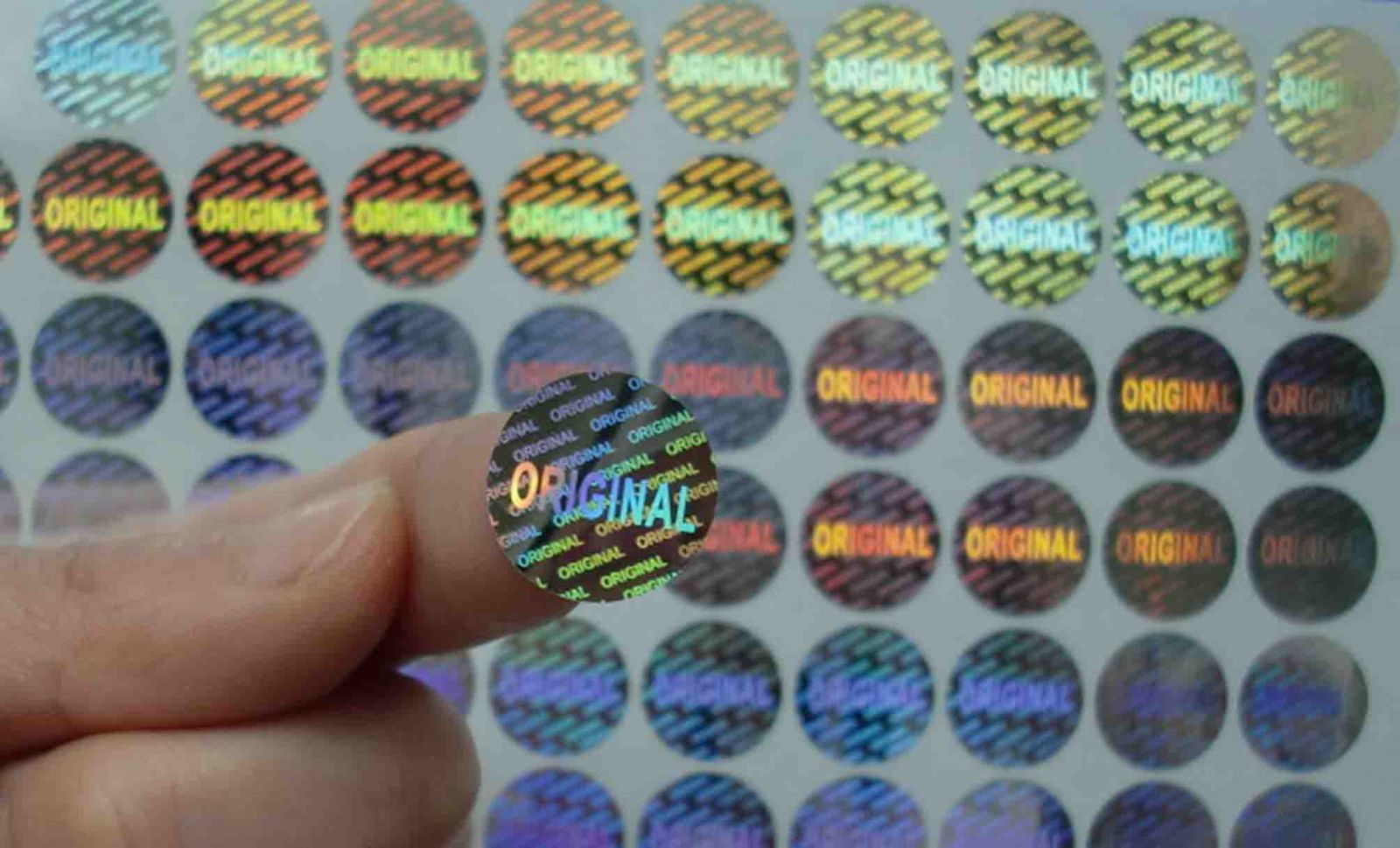 Các mẫu in tem 7 màu lấy ngay 2T đã thực hiện