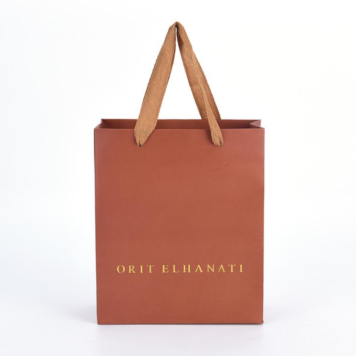 mẫu in túi giấy cho shop thời trang quai dài