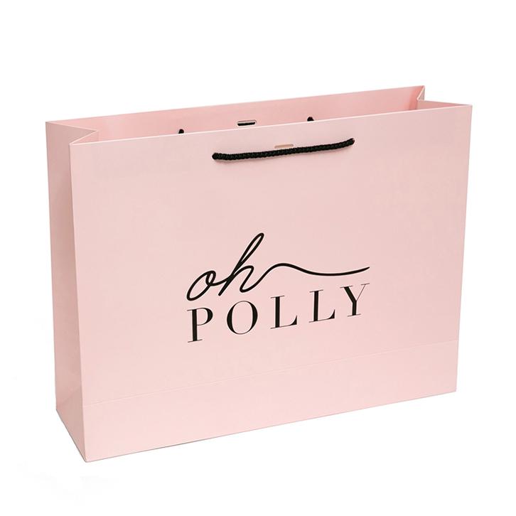 mẫu in túi giấy cho shop thời trang nữ tính