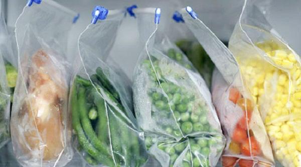 In túi nilon đựng hoa quả cần chú ý tới chất liệu, đặc điểm túi.