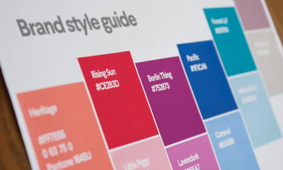 Mực in là 1 trong yếu tố quan trọng quyết định đến chất lượng của brochure