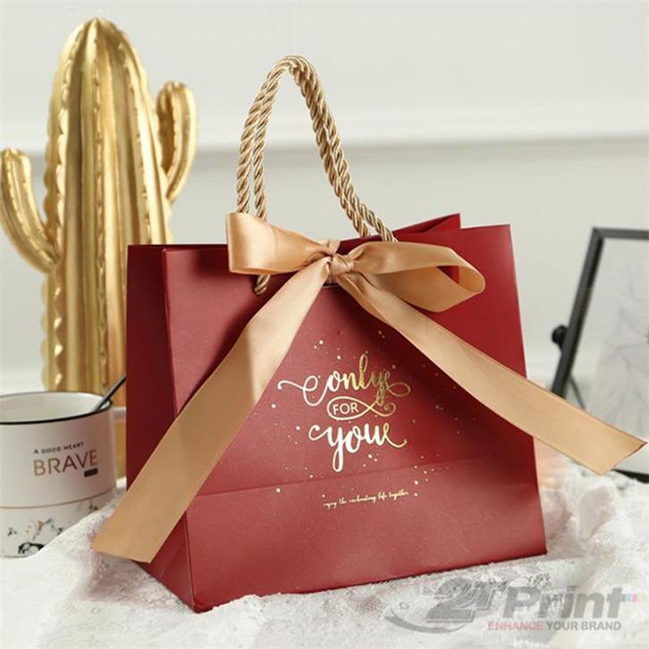 mẫu túi giấy đựng hộp quà tết