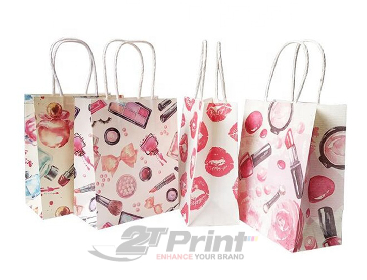mẫu túi giấy đựng mỹ phẩm họa tiết đẹp mắt