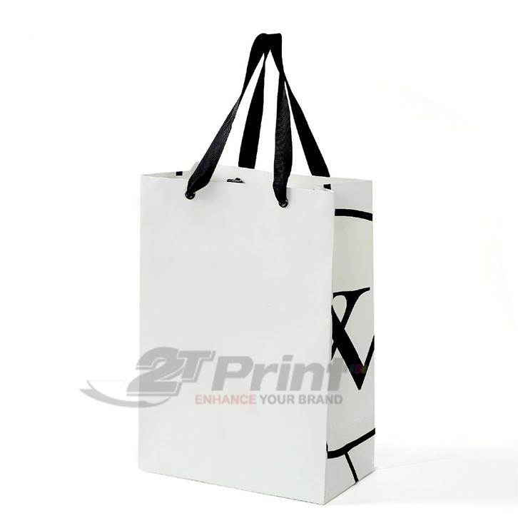 mẫu túi giấy đựng mỹ phẩm đơn giản