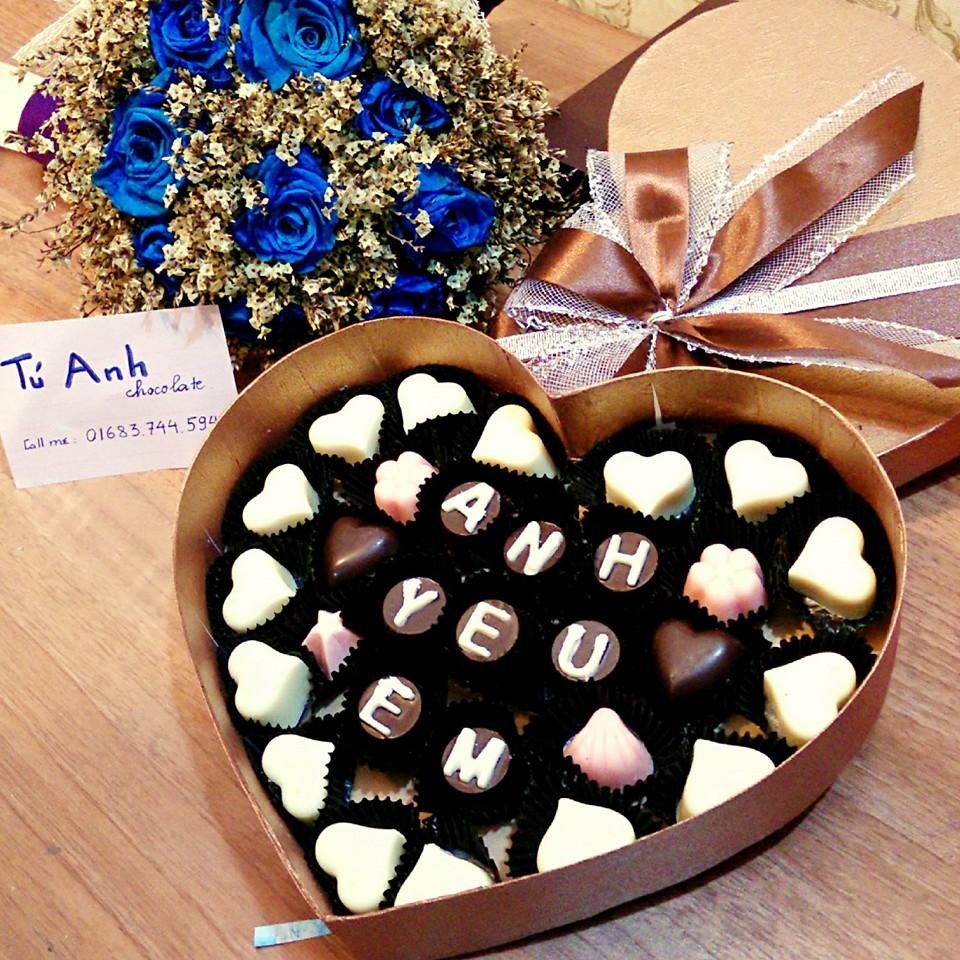 Hộp đựng quà tặng hình trái tim lãng mạn