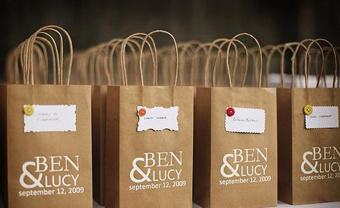 Sử dụng túi giấy góp phần tạo môi trường sống tốt hơn