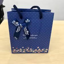 Sử dụng túi giấy đựng quà sẽ mang lại nhiều lợi ích cho doanh nghiệp của bạn