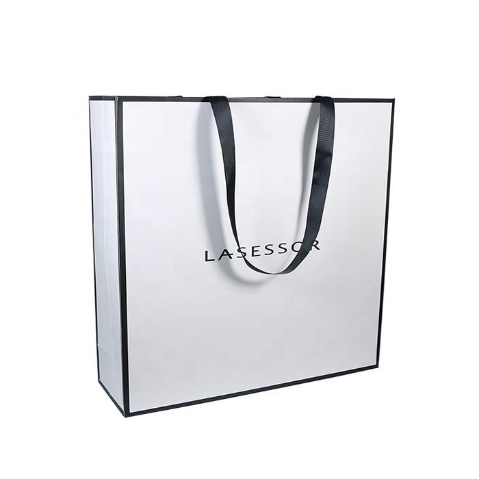 Túi đựng quần áo cho cửa hàng thời trang