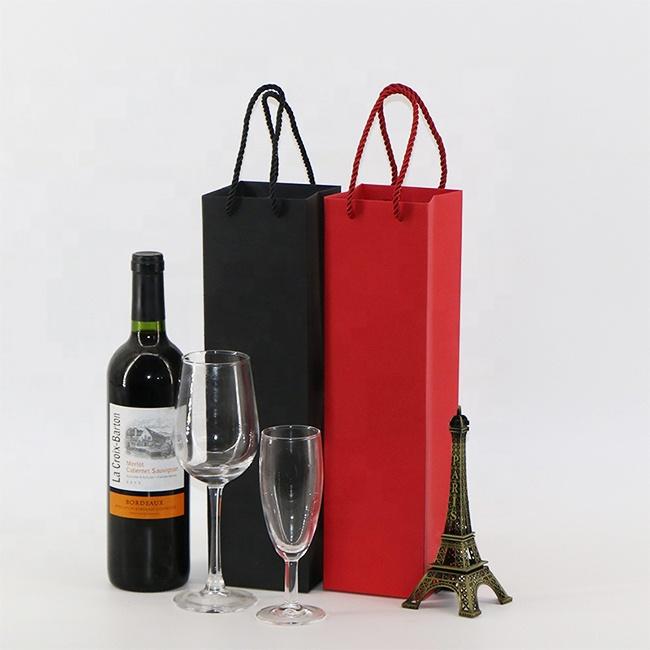 Mẫu túi đựng rượu của Xưởng in 2T